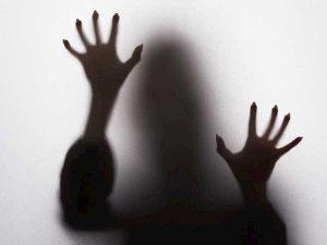 Mơ thấy ma đánh con gì chuẩn xác, điềm báo dữ hay lành?