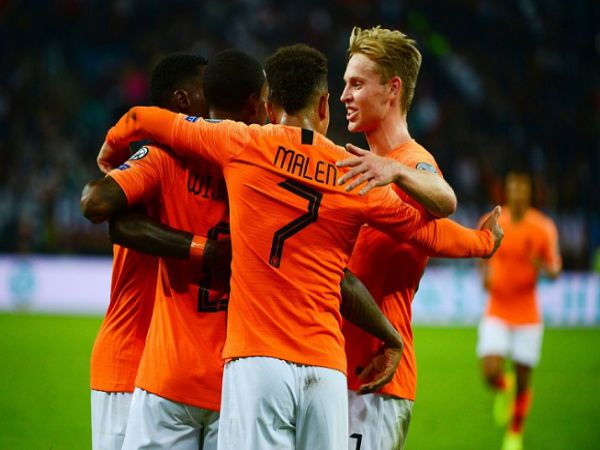 Soi kèo bóng đá Hà Lan vs Ba Lan, 01h45 ngày 05/09, Nations League