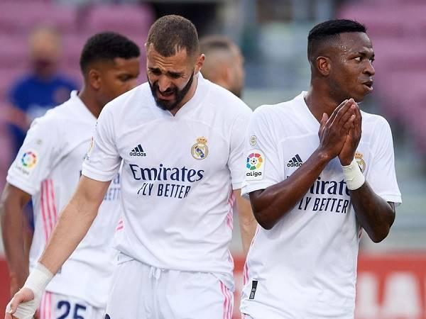 Bóng đá quốc tế 30/10: Benzema chủ động xin lỗi đồng đội sau hiềm khích