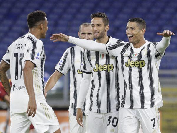Bóng đá quốc tế tối 5/10: Juventus nghỉ thi đấu vì đối thủ không đến sân