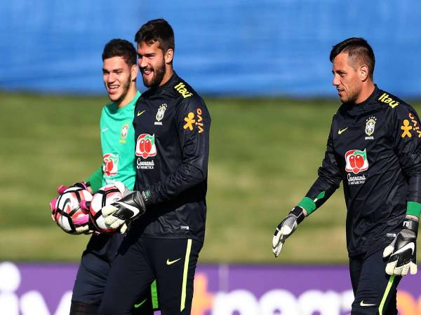 bong-da-qt-ngay-17-2-ederson-lan-at-alisson-va-hon-the-nua