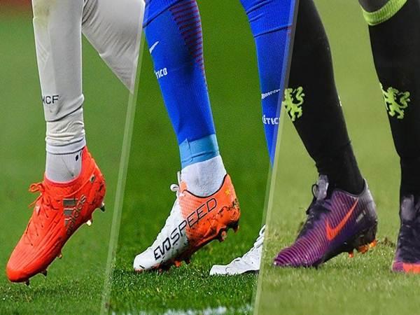 Hướng dẫn 4 cách chọn giày đá bóng phù hợp nhất với mình