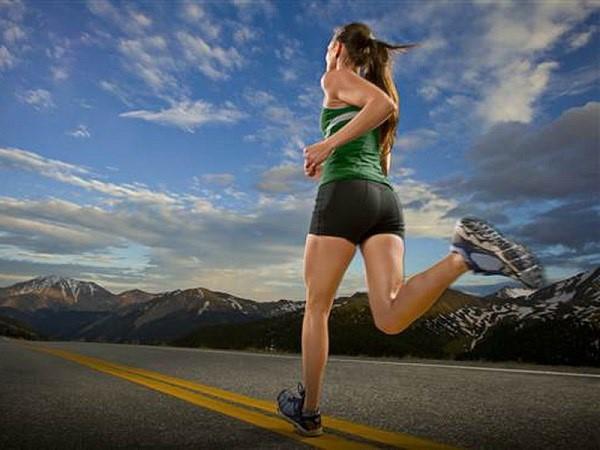 Chạy bộ buổi sáng có tốt không? Tác dụng của chạy bộ buổi sáng